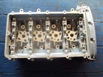 ford tranzit 2.4 glava motora