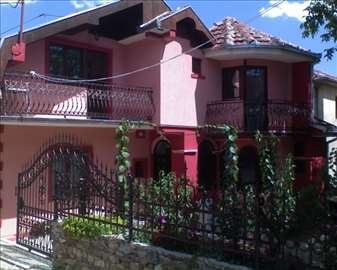 Izdaje se apartman, Vranje