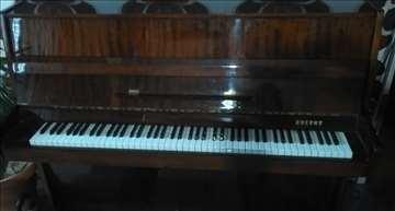 Prodajem klavir Cherny
