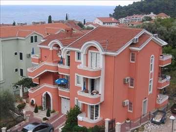 Crna Gora, Petrovac, apartmani