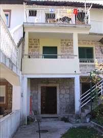 Kotor, Prčanj, uknjižen stan u staroj kamenoj kući