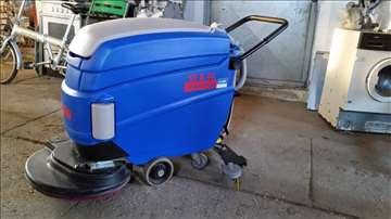 Mašina za pranje podova