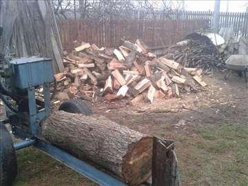 Prodajem hidraulični cepač za drva