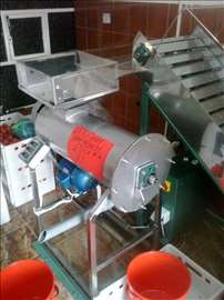 Mašina za ceđene paradajza