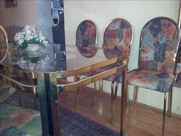 Trpezarijski sto sa 6 stolica