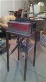 Mašina za proizv.alu lajsni za dihtovanje