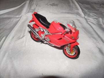 Motor: Burago Ducati ST 4 S , 1:18, Kina.Polovno.