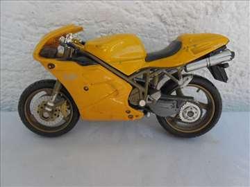 Motor Ducati 748, 1:18 (fali: farovi, staklo)