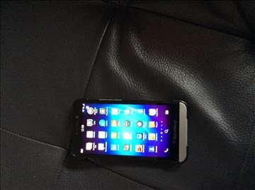 Blackberry Z30 odlično očuvan