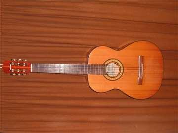 Klasična gitara Musima