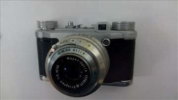 Očuvan fotoaparat, Altix, Laika format.