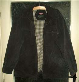 Fenomenalna jakna Peri Santoryo