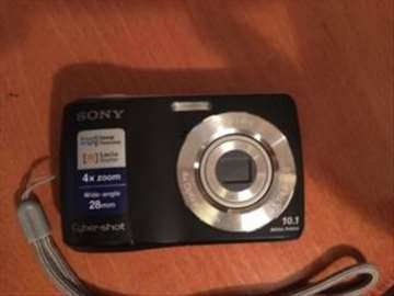 Sony digitalni fotoaparat DSC-S3000