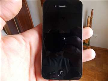 Iphone 4 crni 16 gb