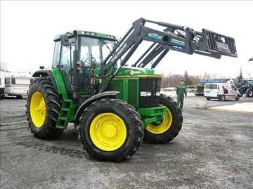 John Deere 7800 traktor