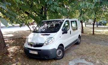 Opel Vivaro 2.5 CDTI putnički
