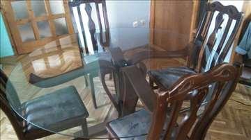 Trpezarijsko sto i stolice