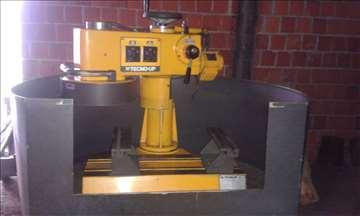 Mašina za ravnanje glava motora