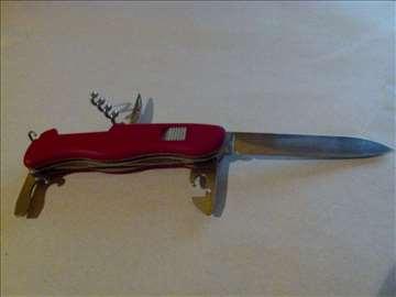 Nož švajcarski