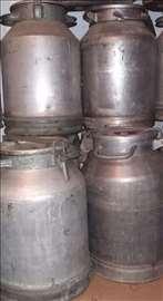 Prodajem aluminijumske kante za med 50 lit