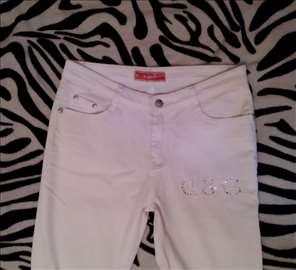 Bele pantalone br.28 ili M
