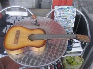 Mini dečija gitara