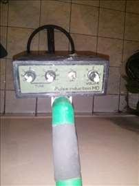 Pulsni detektor full
