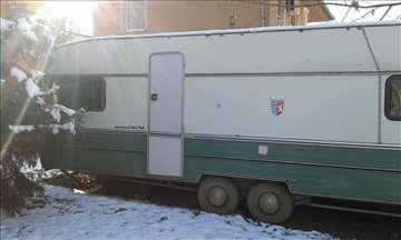 Na prodaju kamp prikolica do 9m
