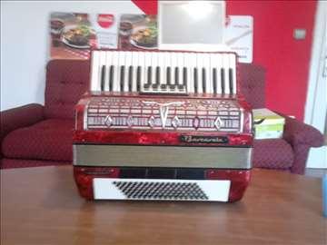 Nova harmonika nije radila, vrlo malo, kao nova