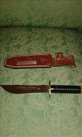 Prodajem Rambo nož