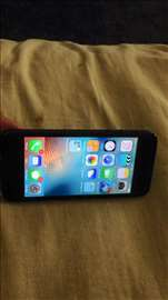 Prodajem telefon iPhone 5  32 gb
