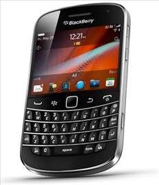 Blackberry Bold 9900 crni