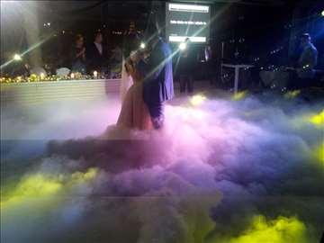 Suvi led, dim za prvi ples na svadbama