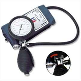 Merač krvnog pritiska HS - 201C1