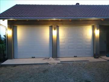 Segmetna  garažna vrata