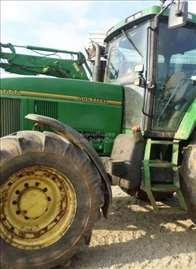 John Deere traktor 7600
