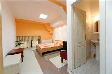 Kikinda, soba sa francuskim ležajem