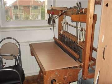 Prodajem razboj za ručno tkanje