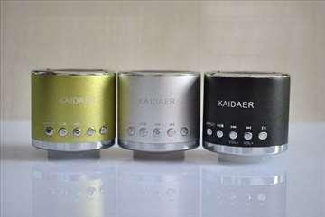 Prenosivi zvučnik sive boje