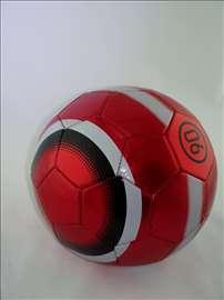 Veoma kvalitetna lopta m15