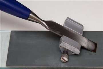 Šablon za oštrenje dleta, noža za rende.
