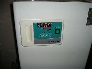 Inkubator do 65C rezolucija 0.1C