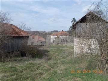 Plac sa kućom i objektima Blendija kod Sokobanje