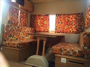 Prodajem RAPIDO kamp prikolicu