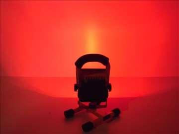 Prenosni LED reflektor 10W RGB