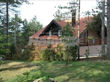 Tara , Kaluđerske Bare  kuća sa dva stana