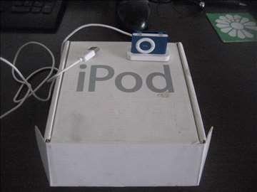 iPod sa kutijom 749 din zamena