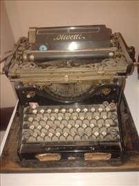 """Pisaća mašina """"Oliveti"""""""