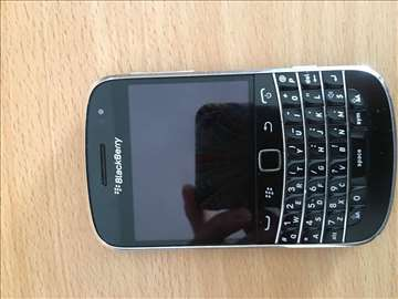 Prodajem Blackberry bold 9900