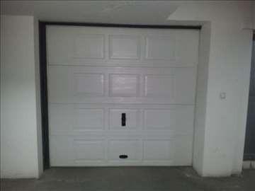 Prodajem garazu 20.74 m2 na Grbavici